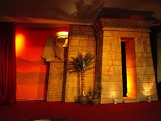Sculpting foam : making an Egyptian sphinx Stage prop   The art of faking it - Stage design, themed rooms, props and more