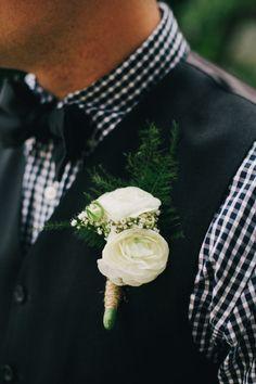 ranunculus boutonniere with fern Circus Wedding, Wedding Pics, Wedding Men, Wedding Themes, Chic Wedding, Wedding Designs, Wedding Styles, Our Wedding, Dream Wedding