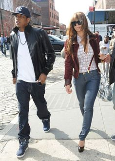 Mr. & Mrs. Carter <3 Love their city style..