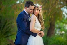 Flower head piece for bride Salt Studios| Toowoomba Wedding and Commercial Photography