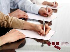 EOG TIPS LABORALES. La grafología es una ciencia que estudia la personalidad humana, a través de los rasgos de la escritura. Su fundamento se basa en el hecho de que estamos plasmando estímulos nerviosos al escribir en el papel y con ellos, nuestra personalidad con sus detalles y rasgos más individuales e inconscientes. En EOG, realizamos pruebas grafológicas en nuestro proceso de reclutamiento y selección. #reclutamientoyseleccion
