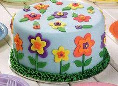 Pasta di zucchero senza glucosio - Torta prato fiorito