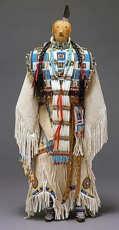 Female Doll - Assiniboine - Sioux.