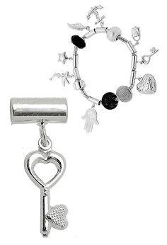 Berloque folheado a prata em forma de chave (Pandora inspired)