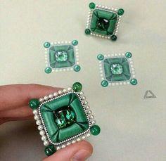 Earrings on top of the original design by Lauren Adriana. #jewels #jewelry #earrings #jewelryrendering #jewellerydesigner