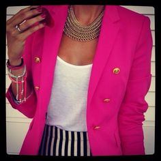 How to Wear a Hot Pink Blazer For Women looks & outfits) Look Fashion, Fashion Models, Fashion Beauty, Fashion Trends, Fashion Finder, Street Fashion, Fashion News, Fashion Guide, Fashion Top
