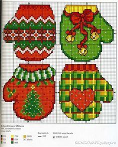 Mittins Xmas Cross Stitch, Cross Stitch Christmas Ornaments, Cross Stitch Cards, Christmas Cross, Counted Cross Stitch Patterns, Cross Stitch Designs, Cross Stitching, Cross Stitch Embroidery, Christmas Stocking