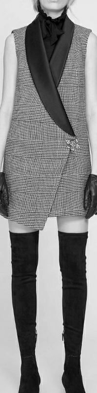 Fall Outfits, Fashion Outfits, Womens Fashion, Business Dresses, Fashion Images, Daily Fashion, Autumn Winter Fashion, Tartan, Fashion Looks