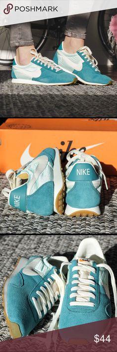 Nike Pre Montreal Racer [athletic sneakers]