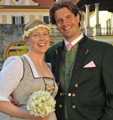 wedding dirndls