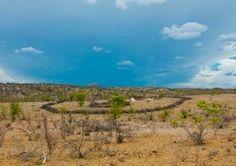 Mucuval  dorp, Namibe provincie.
