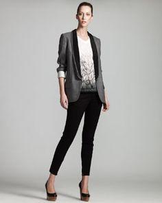 -3S6D Stella McCartney Triple-Lapel Tuxedo Jacket, Feather-Print Tee & Zip-Cuff Denim Leggings