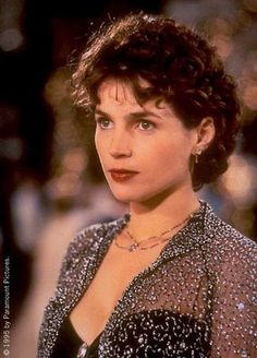 Julia Ormond - always loved this look.  Love that movie too!