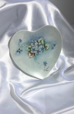 Porcelain Heart Dish Hand-painted in Violets by Donellensvintage