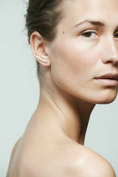 Ear Cuff Natural Face Sophie Bille Brahe on lecarnetduchic.com