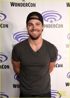 Stephen Amell at the WonderCon 2016