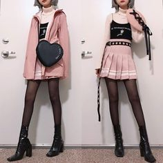 Pin od rozalia duszyńska na utek w 2019 fashion outfits, pastel goth outfit Grunge Outfits, Pastel Goth Outfits, Pastel Goth Fashion, Outfits Casual, Hip Hop Outfits, Mode Outfits, Kawaii Fashion, Lolita Fashion, Cute Fashion