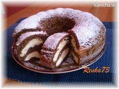 Bábovka s tvarohom - Cake with cream cheese Czech Recipes, Russian Recipes, Mexican Food Recipes, Sweet Recipes, Dessert Recipes, Just Desserts, Delicious Desserts, Yummy Food, Bunt Cakes