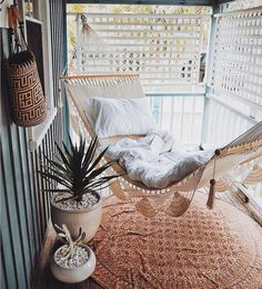 7 Boho Ideas for Outdoor Spaces (Big and Small)! (my scandinavian home 7 Boho Ideas for Outdoor Spaces (Big and Small)! (my scandinavian home) The post 7 Boho Ideas for Outdoor Spaces (Big and Small)! (my scandinavian home appeared first on Outdoor Ideas. Small Porch Decorating, Apartment Balcony Decorating, Apartment Living, Apartment Balconies, Apartment Porch Decor, Diy Decorating, Apartment Ideas, Apartment Plants, Bedroom Apartment