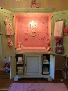 Precious baby girl princess changing station waiting for Grand baby Claire arriving December ! Made out of an old entertainment center! Trocador de fraldas no armário. Baby Nursery Diy, Baby Room Diy, Baby Bedroom, Nursery Ideas, Nursery Inspiration, Room Ideas, Diy Changing Table, Baby Changing Station, Changing Pad