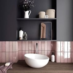 Perfect colour combination for a stunning & bold bathroom design #repost @zweidesign Pink glazed tiles by @equipeceramicas