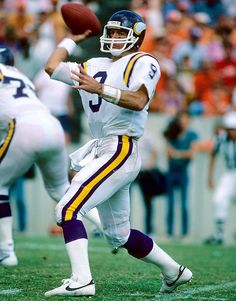 99. Tommy Kramer (Rice)- Tommy played for the Vikings and for the Saints from 1977 to 1990. Was a Pro Bowler in 1986.