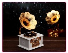 Classical Retro Styling Gramophone Music Box with Jewelry Drawer for Home Decoration & Lovers Gift Caixa De Musica 125*103*215mm