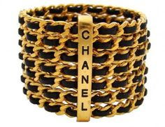 Vintage Chanel and black and gold, hot bitch shit. Chanel Bracelet, Chanel Jewelry, Mademoiselle Coco Chanel, Bijou Box, Bracelets, Bangles, Jewelry Accessories, Fashion Accessories, Fashion Jewelry