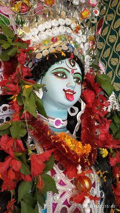 Indian Goddess Kali, Indian Gods, Kali Puja, Durga Ji, Mother Kali, Snake Art, Radha Krishna Images, Angel Art, Goddesses