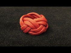 How to Make a Paracord Woggle Tutorial (Turk's Head Knot) - YouTube