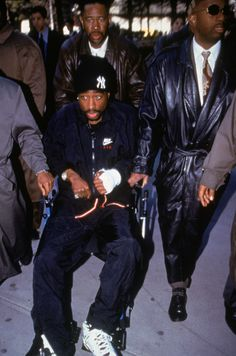 Tupac shot HIMSELF during infamous failed murder attempt – then blamed rap rivals sparking East Coast-West Coast feud, top DJ Funkmaster Flex claims Tupac Shakur, 2pac, Arte Do Hip Hop, Hip Hop Dj, Tupac Shot, Tupac Tattoo, Tupac Wallpaper, Iphone Wallpaper, Tupac Pictures