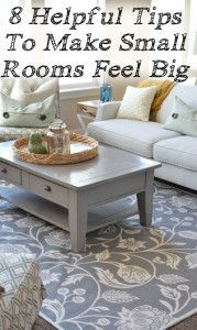 Coffee Table -- Just because the rooms in your house are small, doesn't mean they can't look big. You can make any space look bigger by using these simple tricks. Transform your small rooms into an inviting, seemi. Home Living Room, Apartment Living, Living Room Decor, Bedroom Decor, Diy Décoration, Small Space Living, How To Decorate Small Living Room, Decorating Small Spaces, Interior Decorating