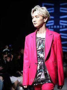 Shinee/Toheart- Key model Seoul fashion week