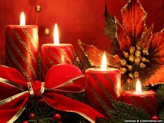 Red Christmas Candles Wallpaper