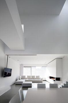Interior view, the White Out House in Belgium _ clean & simple Minimalist Interior, Minimalist Living, Minimalist Design, Interior Exterior, Interior Architecture, Living Area, Living Spaces, Living Room, Interior Minimalista