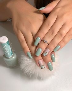 Nail styles or nail art is an extremely straightforward idea - patterns or art currently in use to beautify the finger or toe nails. They are utilized predominately to showcase an outfit or brighten an everyday look. Chic Nails, Classy Nails, Stylish Nails, Trendy Nails, Best Acrylic Nails, Acrylic Nail Designs, Toe Nails, Pink Nails, Nagellack Design