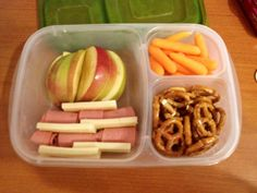 October 3- Work provided lunch today so I packed a snackbox knowing I would be working late. 1/2 sliced apple, lunchmeat & cheese, baby carrots, pretzels. #easylunchbox