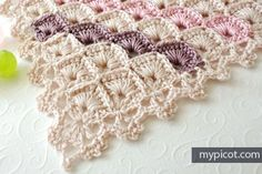 Triangle Shawl Box stitch pattern. MyPicot | Free crochet patterns
