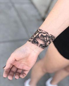 25 Medusa Tattoo Design Ideas with Meaning - medusa wrist band tattoo - Armband Tattoo, Wrist Band Tattoo, Wrist Tattoos, Sleeve Tattoos, Shoulder Tattoos, Arrow Tattoos, Arm Cuff Tattoo, Tribal Tattoos, Abstract Tattoos