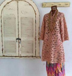 Kebaya Lace, Batik Kebaya, Kebaya Dress, Batik Dress, Batik Muslim, Kebaya Muslim, Traditional Fashion, Traditional Dresses, Muslim Fashion