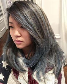 Denim in your hair! #bumbleandbumble #wellaeducation #redkinshadeseq #fashionstyle #trending #haircolor #haircut #trends2018 #denimhair @wellaeducation @northernvirginiamag @bumbleandbumbleuk