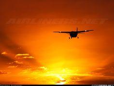 Cessna 208 Caravan. Grand Caravan, Aircraft Pictures, Top Of The World, Buick, Transportation, Aviation, Sunset, Airplanes, Tattoo Ideas