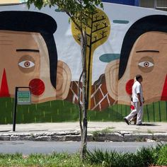 Mural de Agostino Iacurci no Hospital Mário Penna, em Belo Horizonte, Brasil. #artes #arts #art #arte #impacto #artederua #arteurbana #mural #pinturamural #streetart #urbanart #design #architecturelover #architecture #arquitetura #architecturelover #architecture #arquitetura #instagood #instacool #design #projetocompartilhar #davidguerra #shareproject #agostinoiacurci #hospitalmariopenna #belohorizonte #brasil #brazil