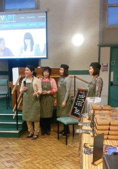 The stars of the festival Thi, Hoa, Kim and Diep introducing their lunch menu.