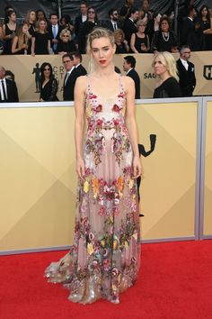Vanessa Kirby's Red Carpet Moments Prove She's Fashion Royalty British Academy Film Awards, Sag Awards, Marchesa Gowns, Vanessa Kirby, Versace Dress, Column Dress, Blue Gown, Couture Details, Nicole Kidman