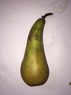 2 Pear, Fruit, Food, Essen, Meals, Yemek, Eten, Bulb