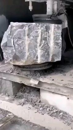 Survival Tools, Stone Carving, Life Organization, Stone Art, Change Your Mind, Best Funny Pictures, Decoration, Inventions, Cool Photos