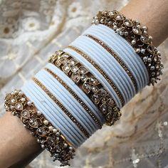 Antique Jewellery Designs, Fancy Jewellery, Stylish Jewelry, Fashion Jewelry, Thread Jewellery, Indian Jewelry Sets, Indian Wedding Jewelry, Indian Bangles, Jewelry Design Earrings