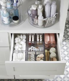 Bathroom Organization - Magnificence Make-up Organizer – Kostenlose Registrierung mit dieser Spon… – – current improvements , makeover , bathroom decoration , bathroom , for bathroom Bathroom Organisation, Makeup Organization, Room Organization, Bathroom Drawer Organization, Apartment Kitchen Organization, Bathroom Counter Decor, Organized Bathroom, Organizing Hair Accessories, Accessories Display