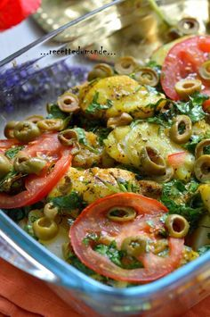 Tajine de Cabillaud au four Tajin Recipes, Fish Recipes, Seafood Recipes, Appetizer Recipes, Healthy Cooking, Cooking Recipes, Healthy Recipes, Algerian Recipes, Baked Cod